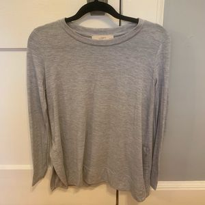 Comfy loose loft shirt with side slits